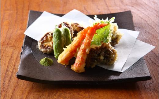 季節のお野菜と天ぷらにも!