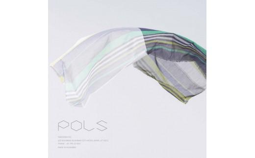 """""""一枚の布が着る人に合わせて表情を変える""""POLSのシックな幾何学柄には、雑木林の光や息づかいがそっと隠れています。"""