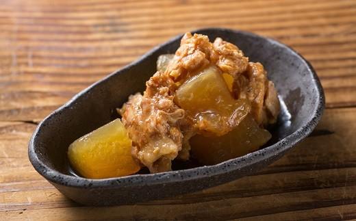 ◆柚子香るブリトロ大根です。油の乗ったブリのハラミは柔らかい食感。柚子がほんのりと香ります。