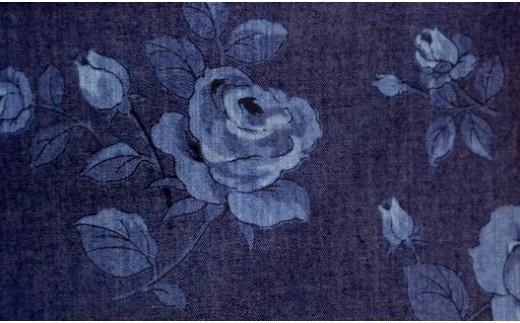 「段落ち抜染」の技術により描いた繊細なグラデーション(お使いのブラウザの環境により実際の商品の色と若干異なります)