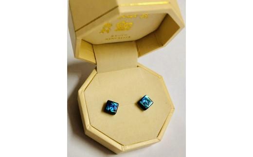 デザインを選べる螺鈿ジュエリー[ピアス]ばら ブルー系(6mm)