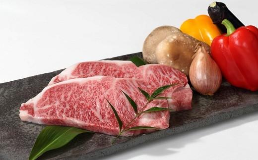 丹波牛A5ランクサーロインステーキです。