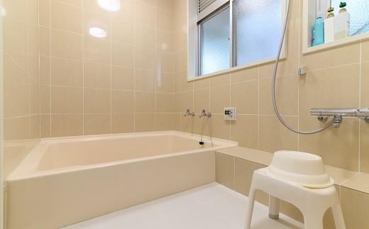 宿泊券に地元天然温泉の入浴料が含まれていますが、みまきガーデン内にあるこちらの浴室の使用できます。