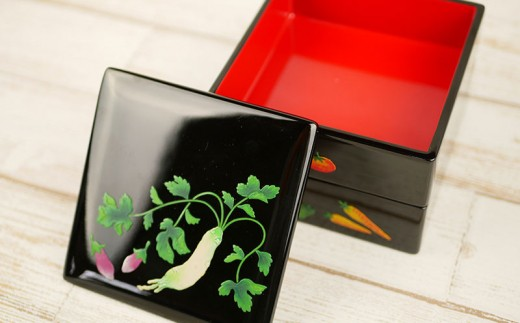 伝統工芸品の老舗 琉球漆器「正角弁当箱 野菜シリーズ」