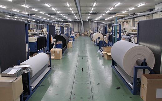 デニム生地は福山市の篠原テキスタイル(株)製のものを使用しています