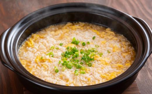 余った出汁で作る雑炊は、おでんの具がいい出汁を出してくれているため、具がなくても美味