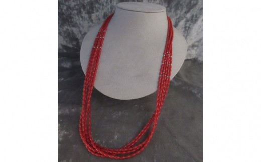 赤珊瑚5連ネックレス
