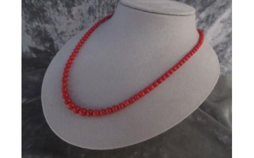 赤玉ネックレス