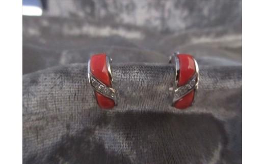 桃珊瑚デザインイヤリング