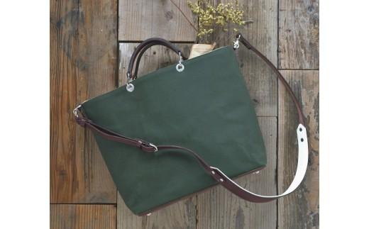 革と帆布で仕立てた2Wayトートバッグ