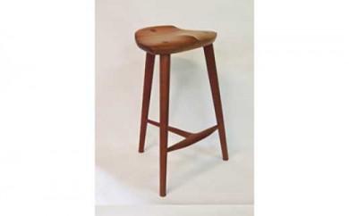 木の椅子展入選作のハイスツール