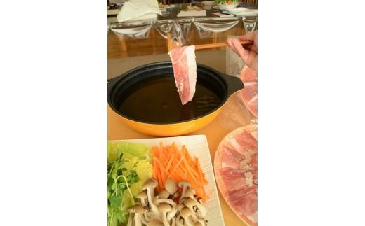 寒い季節には最高の塩麹鍋(画像はイメージです)