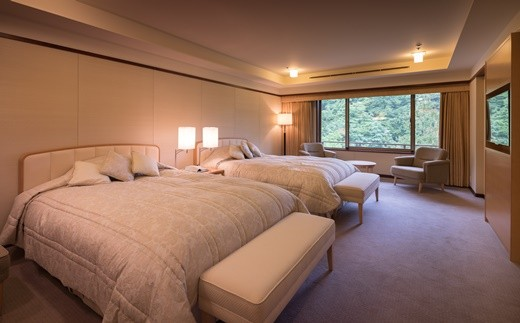 静かな空間で贅沢な時間を過ごす。花巻温泉 佳松園 貴賓室「ロイヤルスイート」ペア宿泊券 【568】