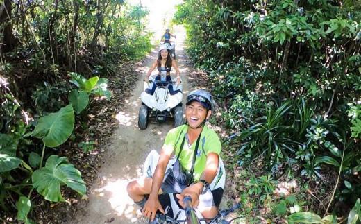 沖縄の空の下気分爽快!糸満ジャングルバギー体験ツアー(大人2名様)