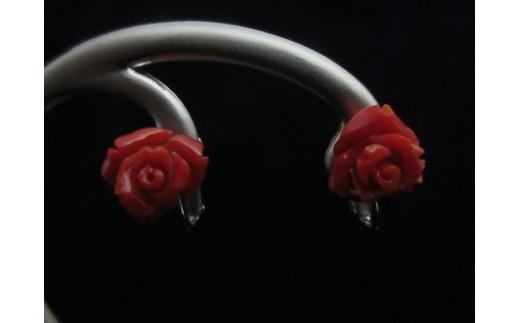 赤珊瑚バラの花イヤリングA