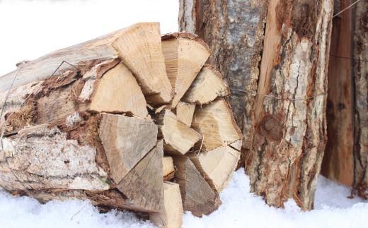 雪国で育った木は密度が高く、薪の火持ちも良いのが特徴