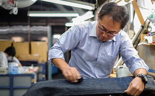 (株)四川はデニムの加工を専門とする会社