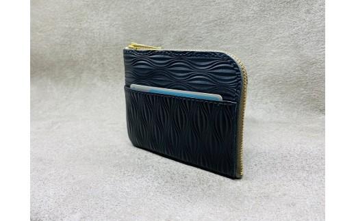 前ポケット・カード収納時の商品イメージ