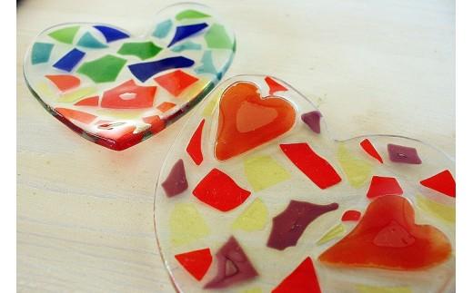 【沖縄ガラスウエディング皿体験コース2名様】愛の形ハートのウエディング皿製作体験