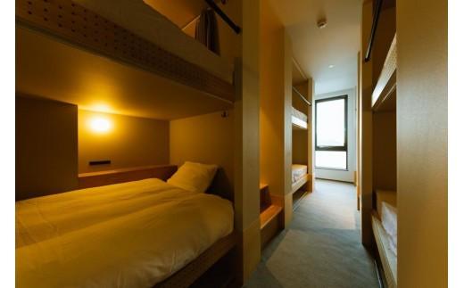 「HOTEL KARAE」ドミトリールームです。ベッドマットはシモンズ製です。