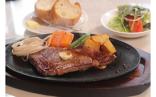 J10 レストランの但馬牛ステーキ弁当