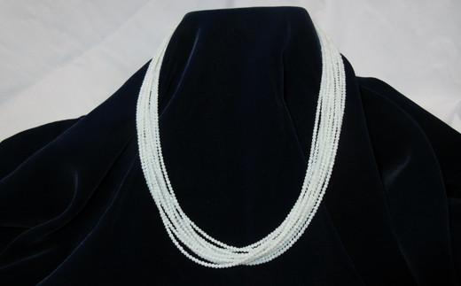 白珊瑚小玉12連ネックレス