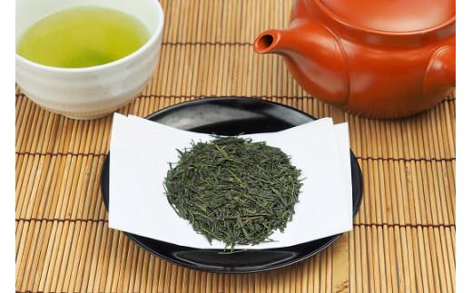 種子島茶は、早春を想わせようなスッキリとした上品な香りと、甘くまろやかな味わいが特徴です。