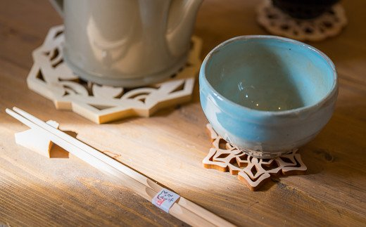 尾鷲ヒノキがあなたの毎日の食卓を楽しくオシャレに彩ります!(カップ等は含まれません。)