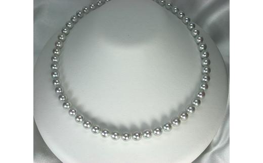 マキが0.45ミリ以上・テリの強さ・傷・形・色の程度が基準以上の品質 上質なナチュラルアコヤ真珠の証 真珠科学研究所鑑別書付