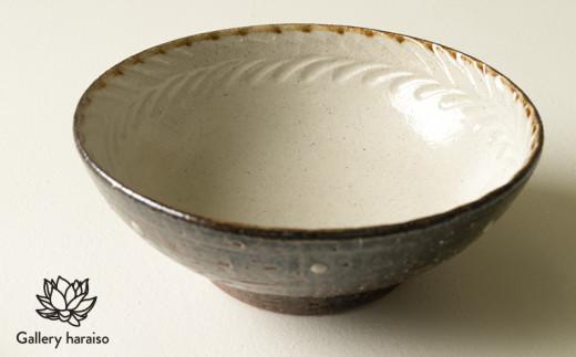 【沖縄のやちむん】しのぎ 6寸鉢【デイゴ】