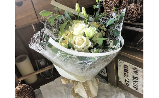 花工房パルテールがお届け 季節の花束