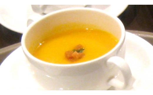 J5 レストランのスープセット