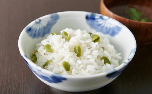 簡単♪ お米と一緒に炊くだけ♪ 炊き込みご飯の素 6袋 <山形県産『秘伝豆(ひでんまめ)』入り> 010-G38