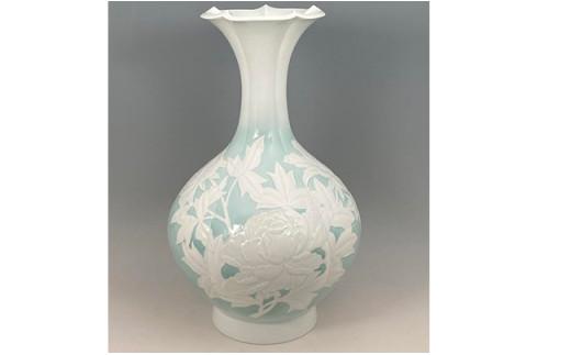 A6500-1 現代の名工 奥川俊右ェ門作 彩青磁牡丹文百合口花瓶