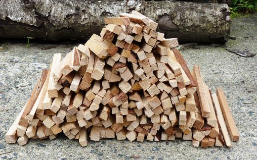乾燥焚きつけ用薪のセット 杉等