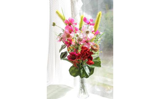 お部屋の空気を浄化!季節の仏花1本