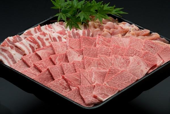 伊万里牛(A5)と豚肉、鶏肉の豪華な焼肉1kgセットで夏バテ克服!