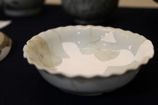 江戸時代後期に作られたと思われる臼杵焼輪花皿