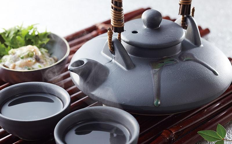 B2-2239/伝統酒器「黒ぢょか」&芋焼酎3種セット