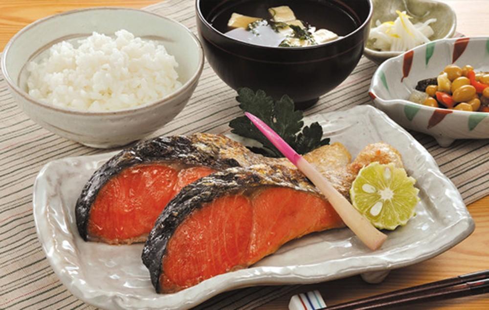 味わい深い紅鮭をぜひご堪能ください。