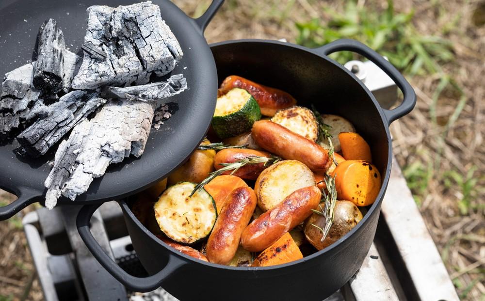 約300度の耐熱性があるため、高温による燻製調理も可能です。