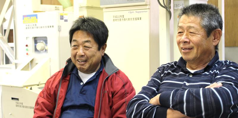 おおしお夢農場虹の五十嵐さん(左)、安部さん(右)
