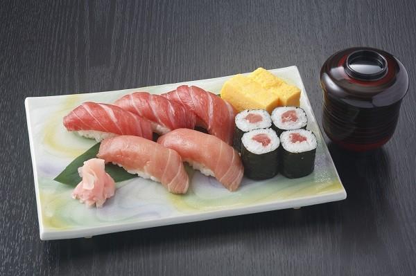 本鮪のお寿司(プラス1000円)