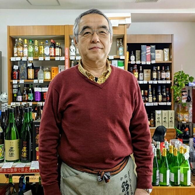 鴻巣駅前に店を構えて90年余の老舗「かのや酒店」