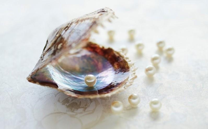 佐伯の真珠は、普段使いにもピッタリなやや小ぶりの6~7mmが主流