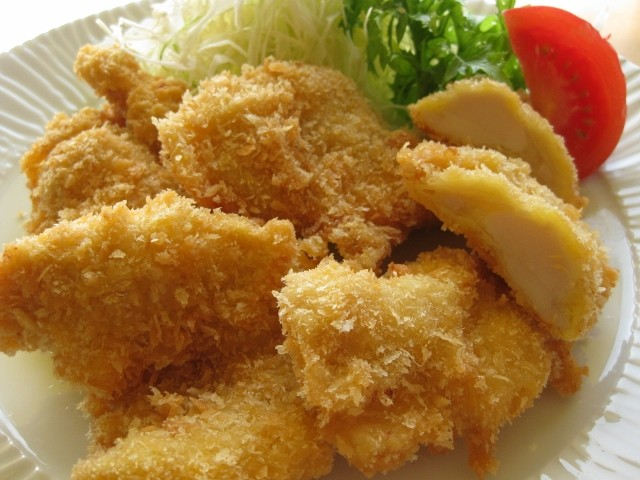 鶏むね肉塩麹漬のチキンカツ(画像はイメージです)