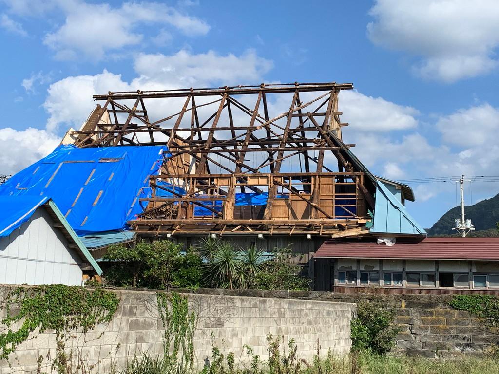 台風の影響により、被害を受けた店舗