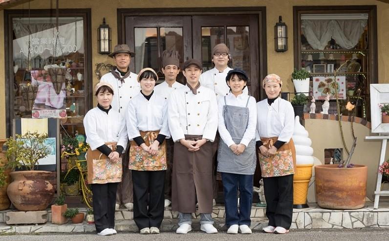 株式会社古川製菓(月うさぎ)