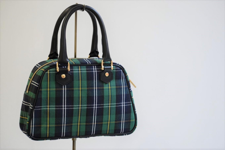 一人の職人が小さな一室で作る 使えば使うほど個性が溢れるバッグ。