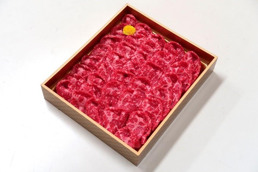 山梨県産 富士山麓牛ももすき焼き 約500g